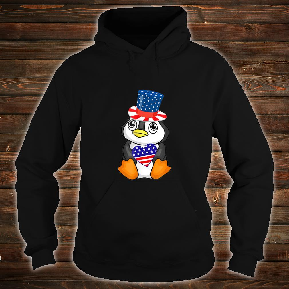 Cute Patriotic Penguin Holding US Flag Heart 4th of July Shirt hoodie